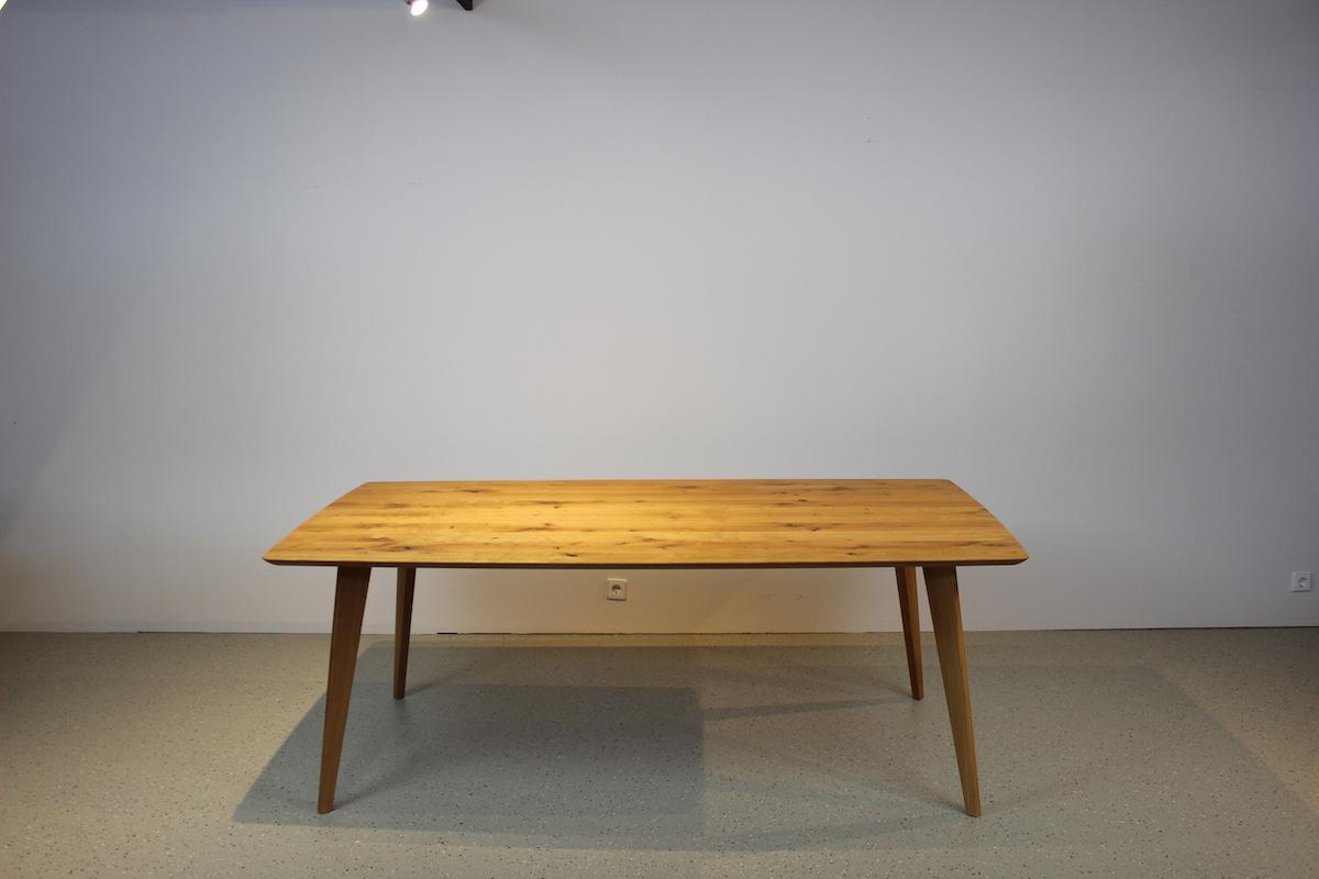 Ausstellungsstück Tisch FINN