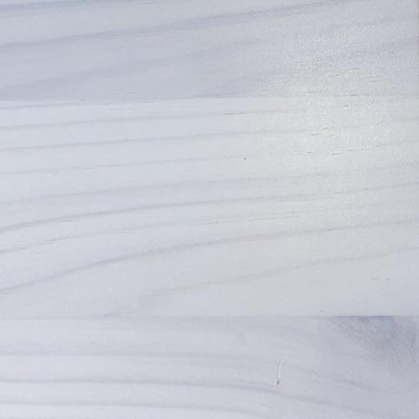 Kiefer weiß lackiert